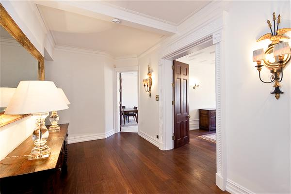 properties to rent 4 bedroom Apartment OAKWOOD COURT, HOLLAND PARK, W14