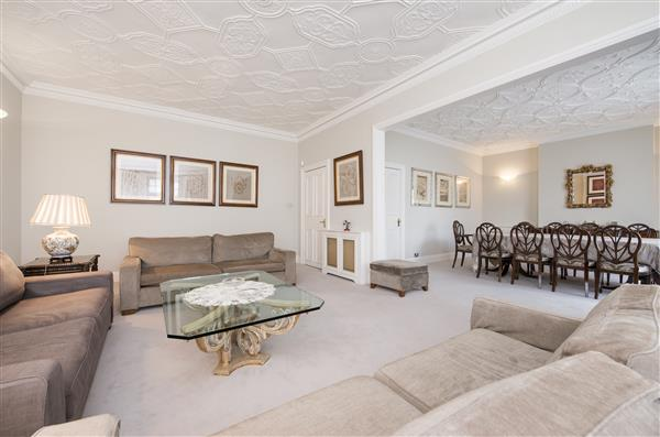 properties to rent 4 bedroom Apartment VALE COURT, MAIDA VALE, W9