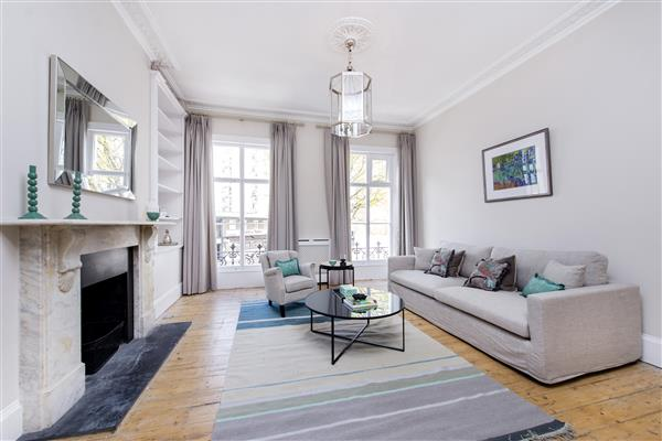properties to rent 4 bedroom House WESTMORELAND PLACE, PIMLICO, SW1