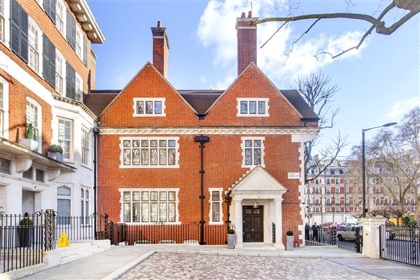 properties to rent 7 bedroom House LYGON PLACE, BELGRAVIA, SW1