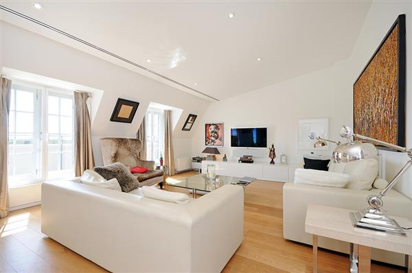 properties to rent 3 bedroom Apartment CONNAUGHT PLACE, HYDE PARK, W2