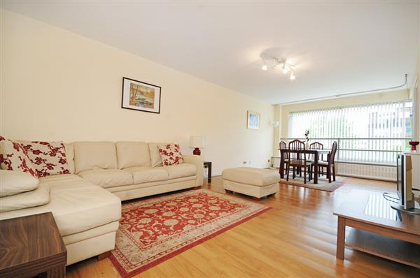 properties to rent 2 bedroom Apartment SOUTHWICK STREET, MARBLE ARCH, W2.