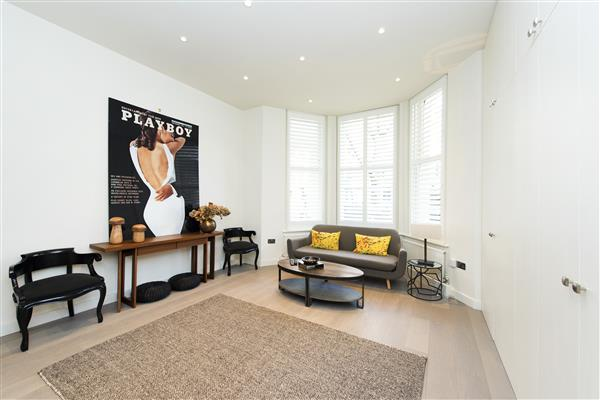 properties to rent Studio Apartment BEAUFORT GARDENS, KNIGHTSBRIDGE, SW3