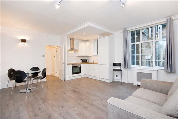 properties to rent Studio Apartment CHELSEA MANOR STREET, CHELSEA, SW3