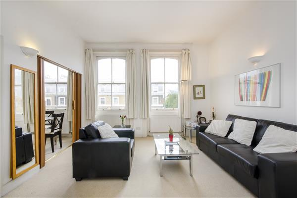 properties to rent Studio Apartment CORNWALL GARDENS, SOUTH KENSINGTON, SW7.