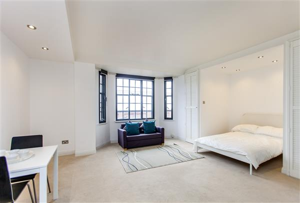 properties to rent Studio Apartment DRAYTON GARDENS, CHELSEA, SW10
